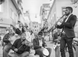 Arthenos | Kadıköy, Sokak müzisyenleri