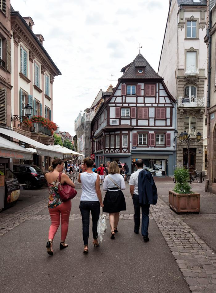 Colmar sokaklarını keşfe devam edelim.