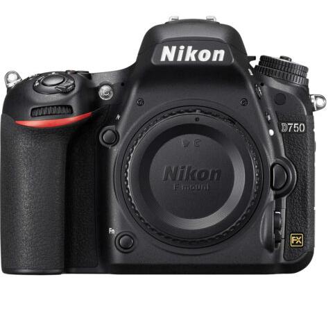 Nikon D750 Ön