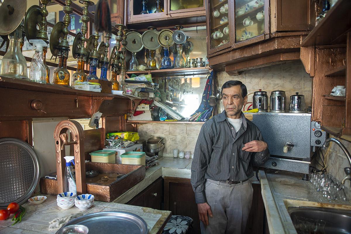 Basmane İzmir'in misafirhanesidir