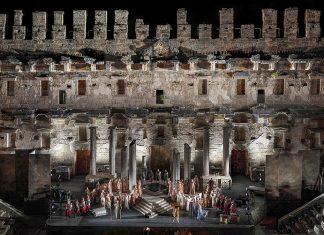 Antalya Esintisi: Dans ve 5 Fotoğraf